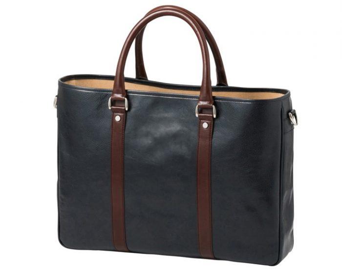 通勤に最適なおしゃれなメンズトートバッグ。