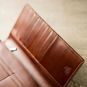 渋い男のプルアップレザー財布