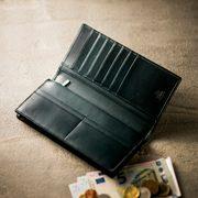 プルアップレザーの財布