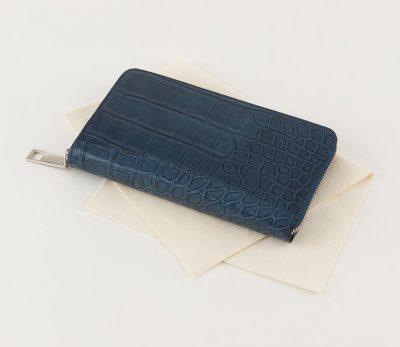 男のプライドを満たすクロコダイルの長財布