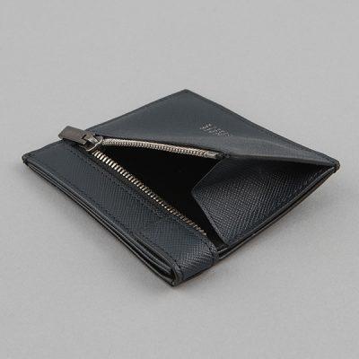 コンパクト財布のコイン入れ
