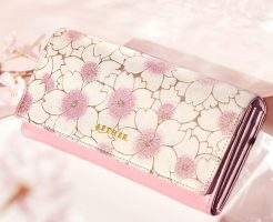 可愛いものが好きな女性に人気のレディース長財布