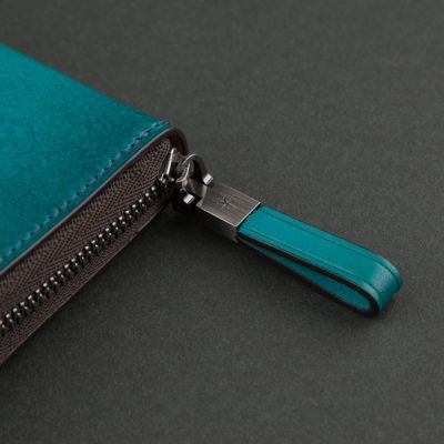 革婚式に夫婦ペアの長財布