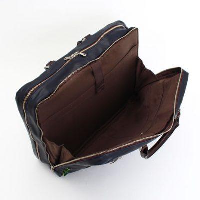 機能的なビジネスバッグ