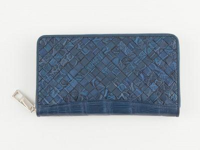 クロコダイルの編み込み長財布のバッグ