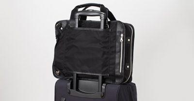 出張に便利な3wayビジネスバッグ
