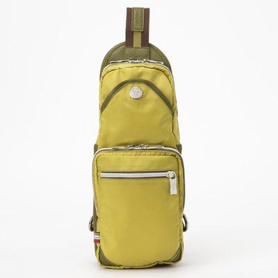 3万円 ボディバッグ オロビアンコ